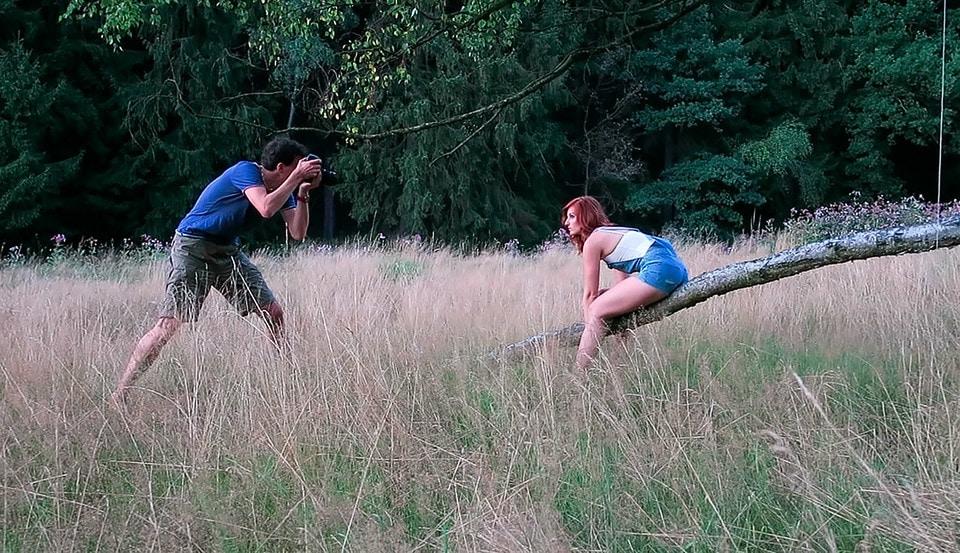 outdoor-shooting-mit-reflektor-fotografie-marko-borrmann-portrait-making-of-zubehoer-sunbounce-5